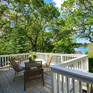 Lewis Smith Lake waterfront property that is well maintained